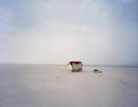 Thomas Wrede: Beach Hotel, 2008