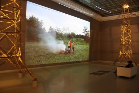 Megasfeszültség, 2012, videoinstalláció