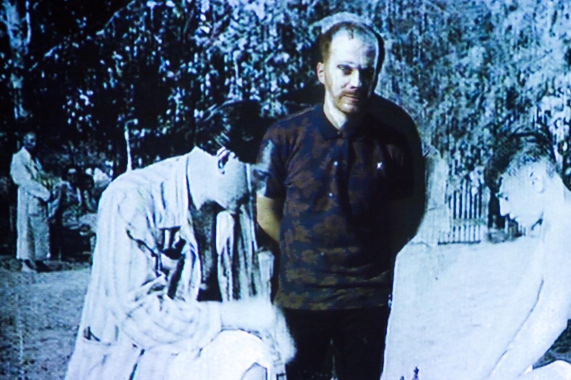 Szvet Tamás: Rétegek – Időutazás, 2013, videó installáció, fotó: Polhodzik Ádám