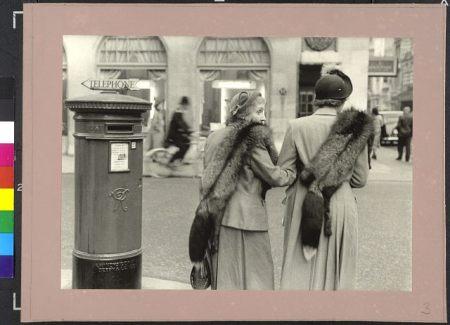 Inge Morath (Magnum Photos): New Bond Street, London, Nagy-Britannia, 1953, kép forrása: http://maimano.hu