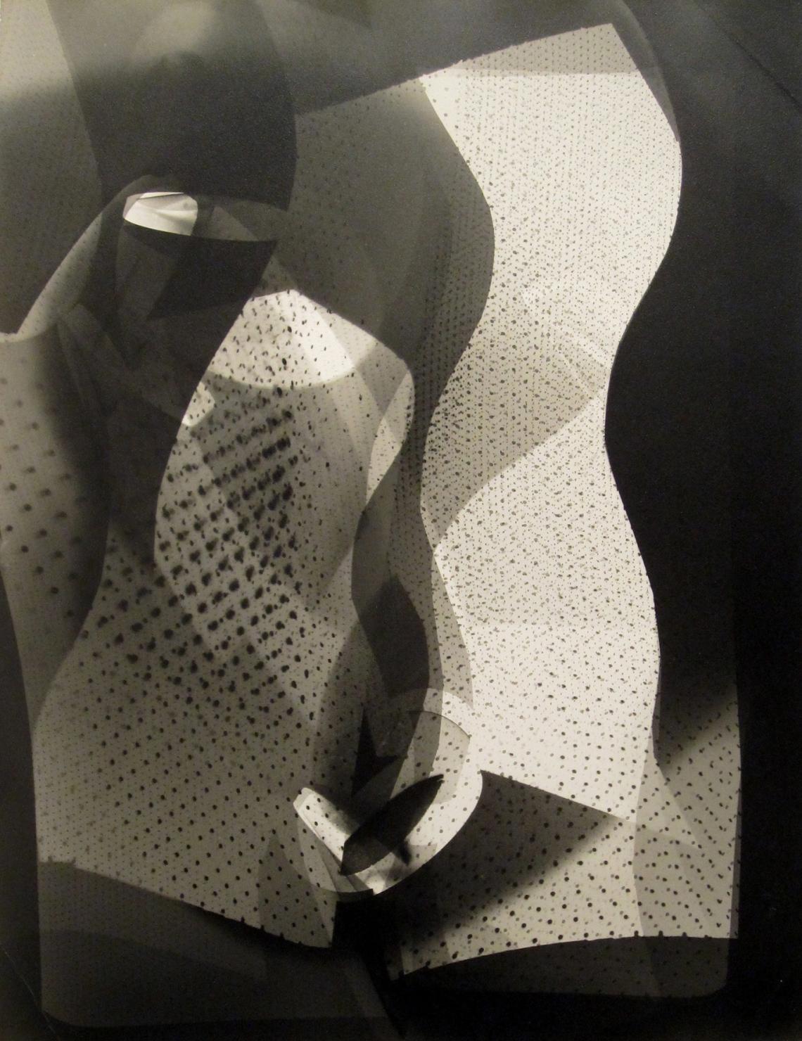 Moholy-Nagy László – Arthur Siegel:  Photogram, 1946, ezüstnyomat, 40 x 30 cm
