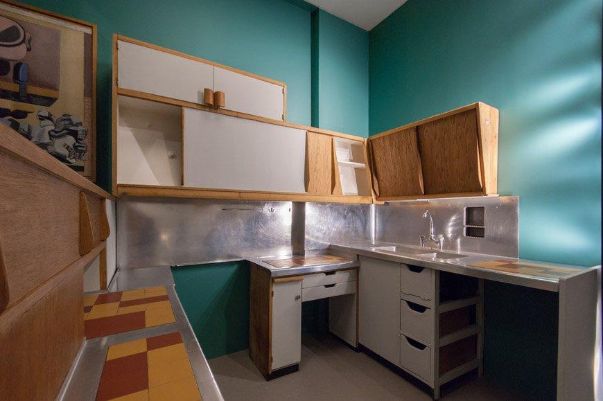Le Corbusier: az első számú konyhaterv a marseilles-i l'Unité d'habitation számára, 1955, kép forrása: inexhibit.com