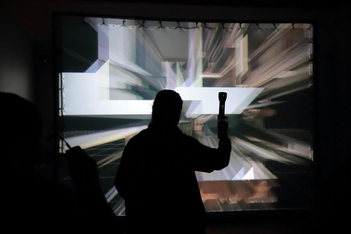 Szegedy-Maszák Zoltán - Fernezelyi Márton: Promenád, 1998/2002, interaktív virtuális valóság installáció, fotó: Juhász G. Tamás