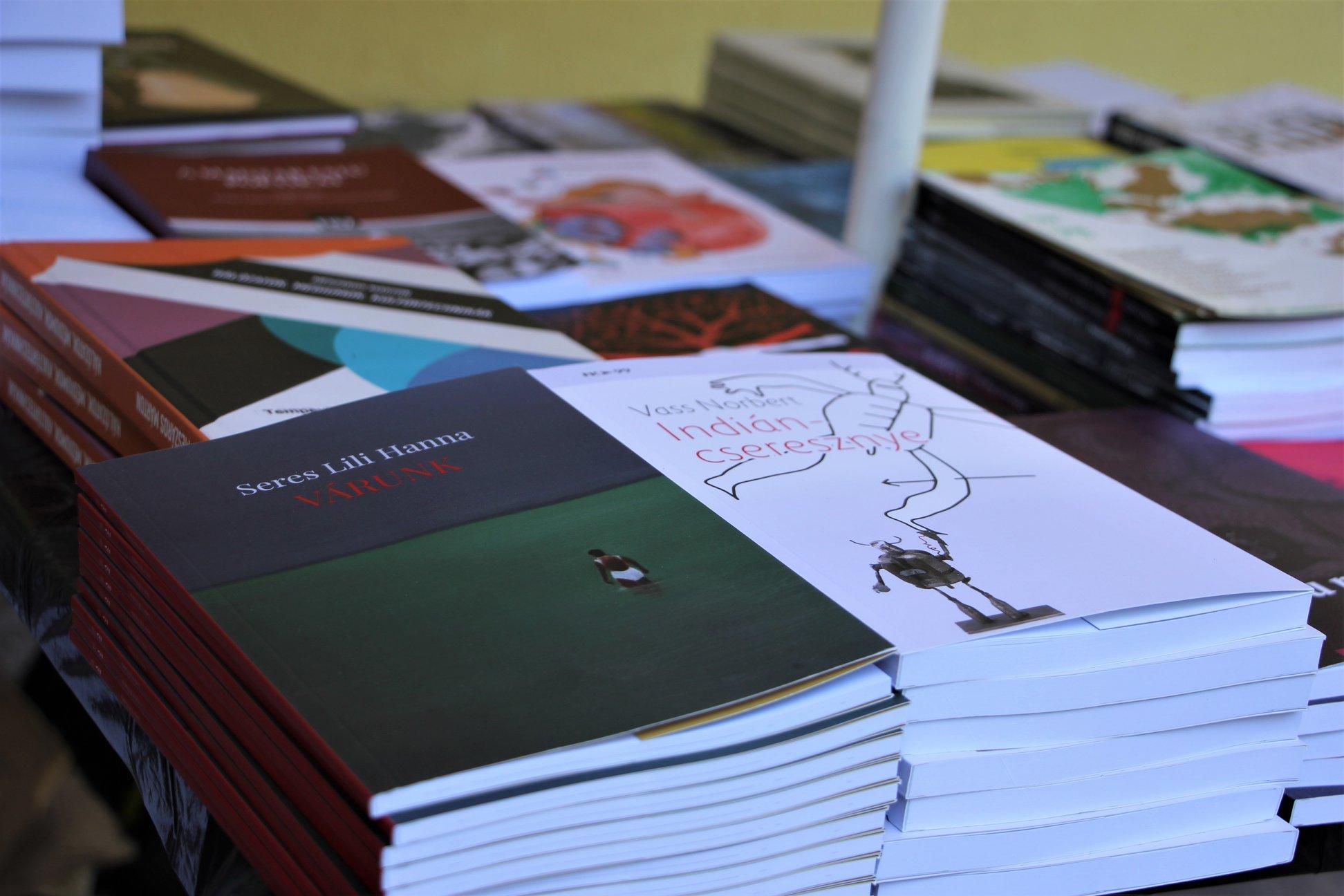 Új könyvek a FISZ-től